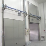 vertical sliding doors for cold storage-1