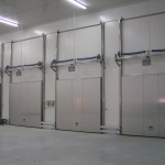 vertical sliding doors for cold storage-2